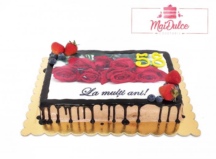 tort cu imagine flori