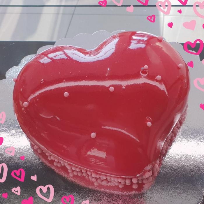 Tort inimioara rosie 0