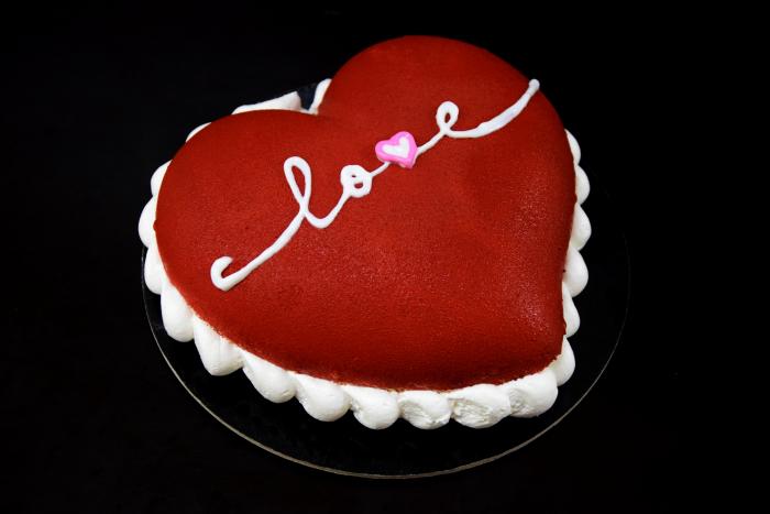 Tort inimioara rosie [0]