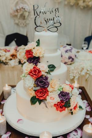 Tort de nunta Royal Garden