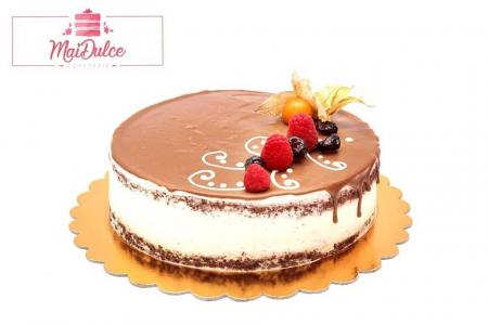 Cheesecake copt cu mure, blat de brownie si glazura de ciocolata1
