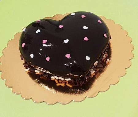 Tort inimioara de ciocolata1