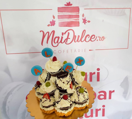 Muffin birthday cake tower0