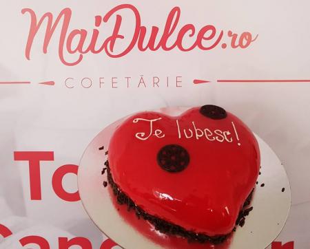 Tort inimioara rosie1