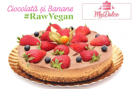 Tort raw vegan cu ciocolata si banane1