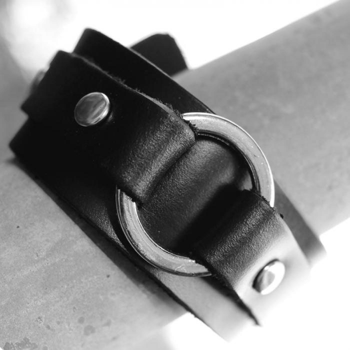 Bratara din piele neagra - Ring 0
