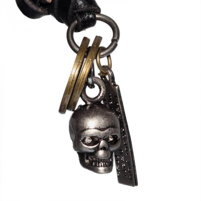 Medalion cu snur din piele - Skull [0]