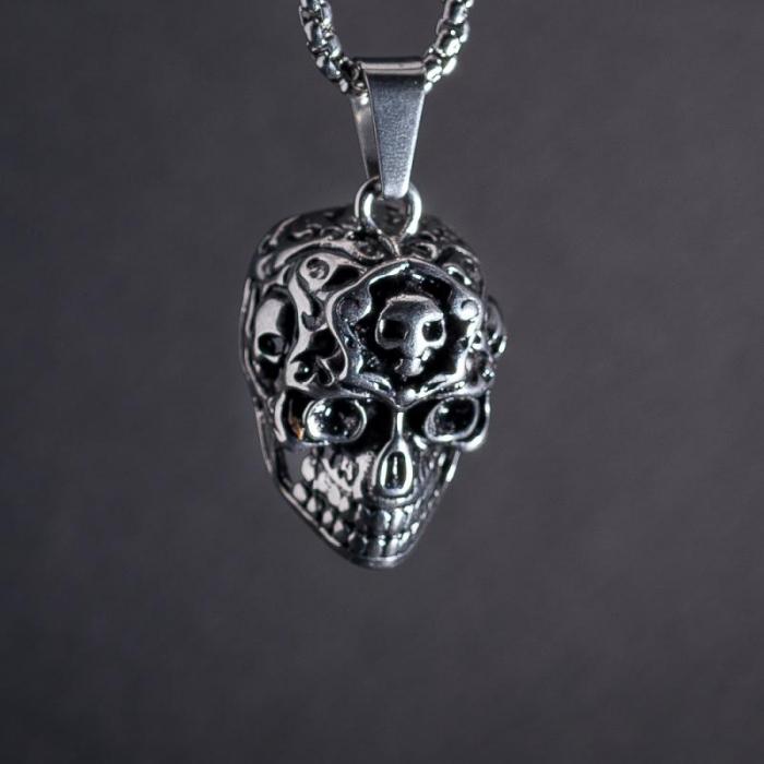 Medalion Stainless Steel - Alien Skull [1]