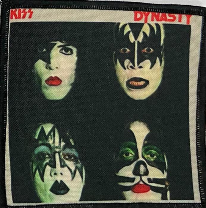 Patch Kiss - Dynasty 0