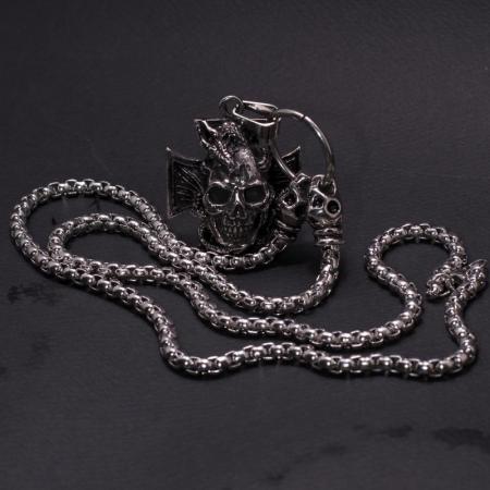 Medalion mare Stainless Steel - Skull Iron Cross1