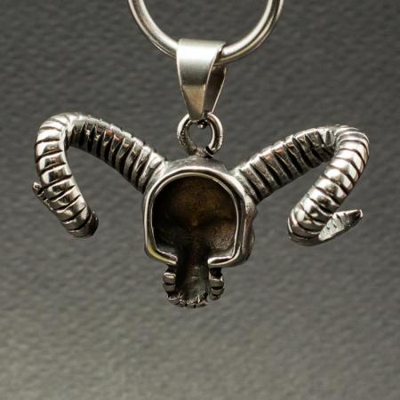 Medalion Stainless Steel - Goat Horn Skull [1]
