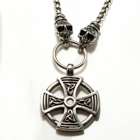 Medalion Stainless Steel - Maltese Cross cu Lant0