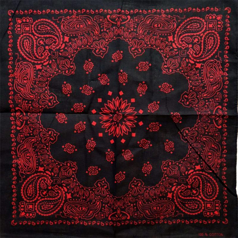 Bandana Motiv floral rosu pe negru [0]
