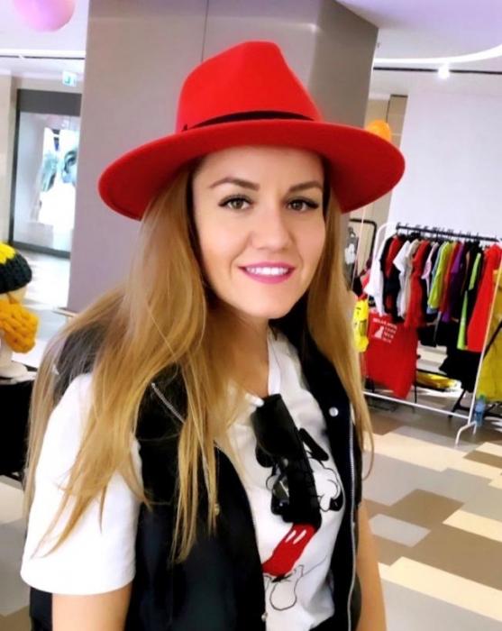 Palarie Rosie Handmade cu bentita detasabila din piele 7