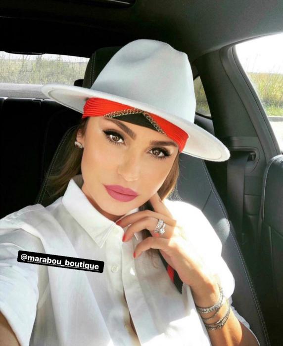 Palarie Alba Handmade cu bentita detasabila din piele neagra 4