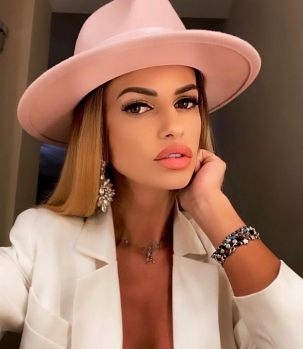 Palarie Roz Handmade cu bentita detasabila cu perle Luxury 13