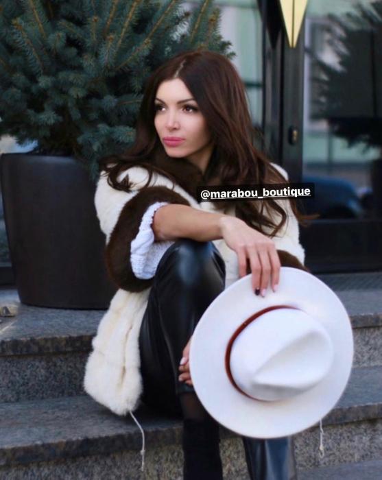 Palarie Alba Handmade cu bentita detasabila din piele neagra 11