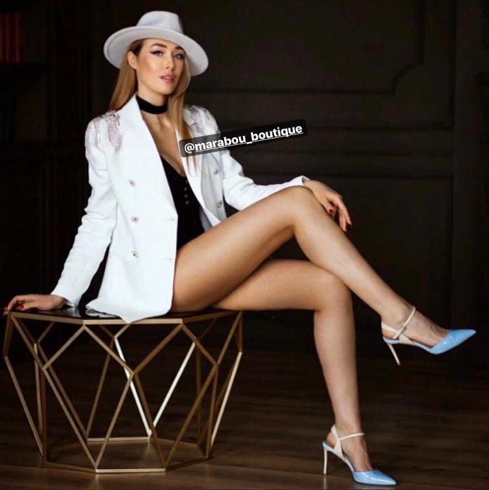 Palarie Alba Handmade cu bentita detasabila din piele neagra 2