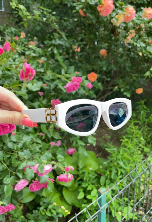 Ochelari de Soare Albi cu detalii aurii [1]