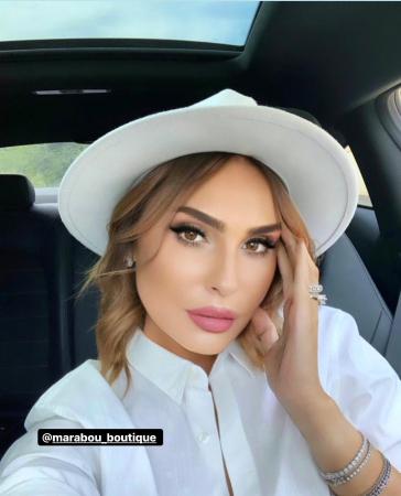 Palarie Alba Handmade cu bentita detasabila si brosa la alegere [35]