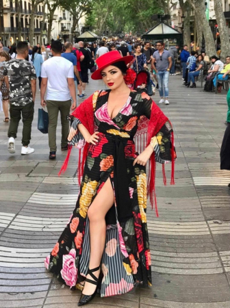 Palarie Rosie Handmade cu Lant Auriu detasabil4