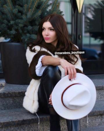 Palarie Alba Handmade cu bentita detasabila din piele neagra11
