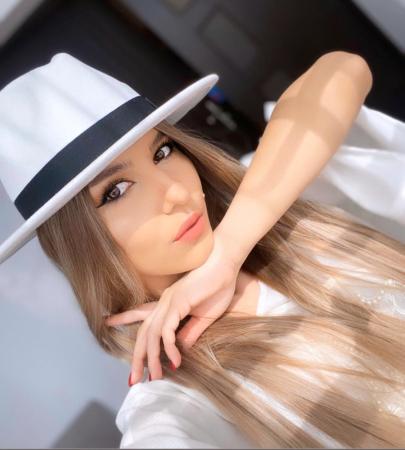 Palarie Alba Handmade cu bentita detasabila si accesoriu la alegere16