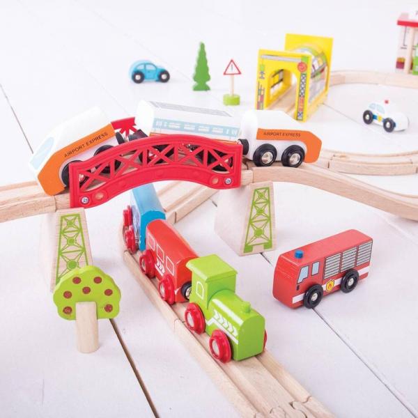 Circuit auto si  feroviar  (125 piese) 2