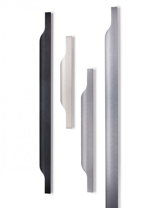 Maner pentru mobila Vector, finisaj negru periat, L:247 mm [6]