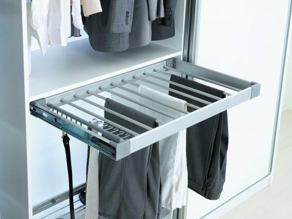 Suport de pantaloni extractibil  pentru corp de 800 mm latime 1