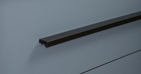 Maner pentru mobilier Angle, finisaj negru mat, L:200 mm1