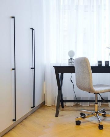 Maner pentru mobilier Graf Mini Long, finisaj negru periat, L: 1200 mm1