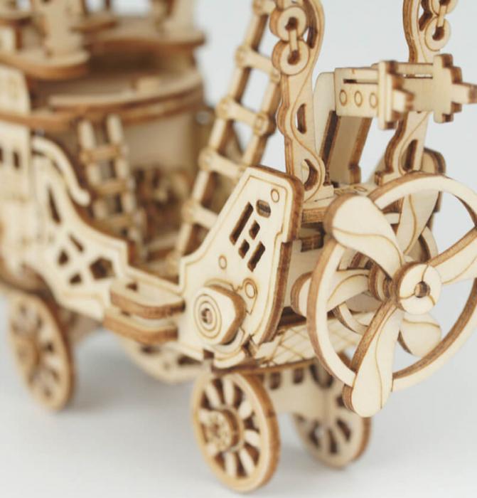 Dirijabil Zepelin - puzzle 3D din lemn 8