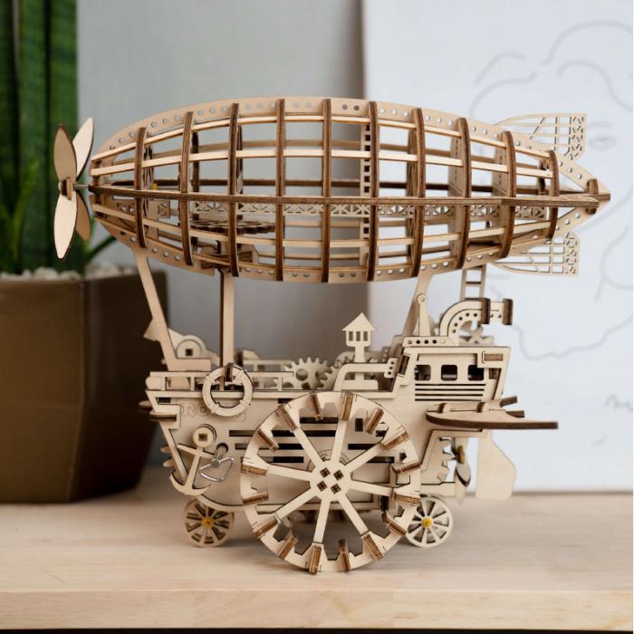 Dirijabil Zepelin - Puzzle mecanic 3D din lemn 0