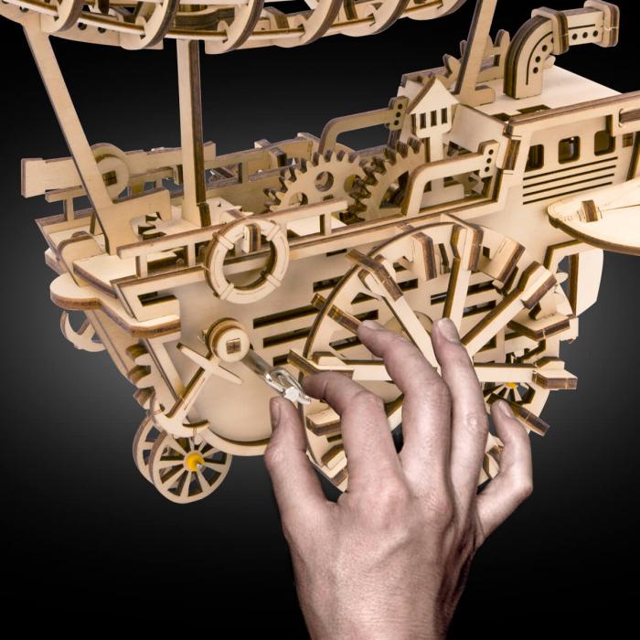 Dirijabil Zepelin - Puzzle mecanic 3D din lemn 5
