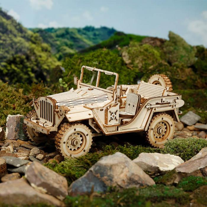 Masina de armata  Jeep militar - MechFun Puzzle 3D din lemn 2