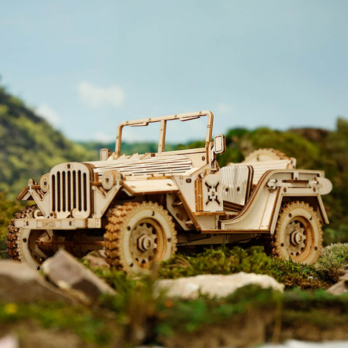 Masina de armata  Jeep militar - MechFun Puzzle 3D din lemn 0