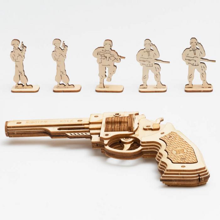 Revolver corsac puzzle mecanic 3D din lemn 1