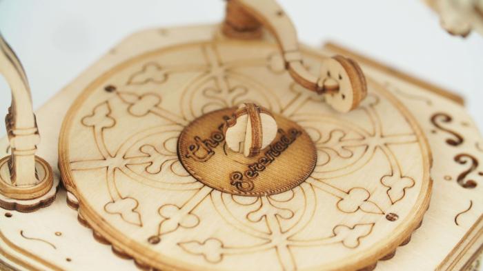 Puzzle 3D din lemn Gramofon 5