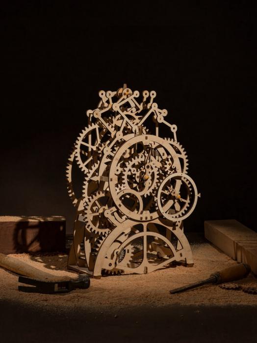 Ceas cu pendul puzzle mecanic 3D din lemn 1