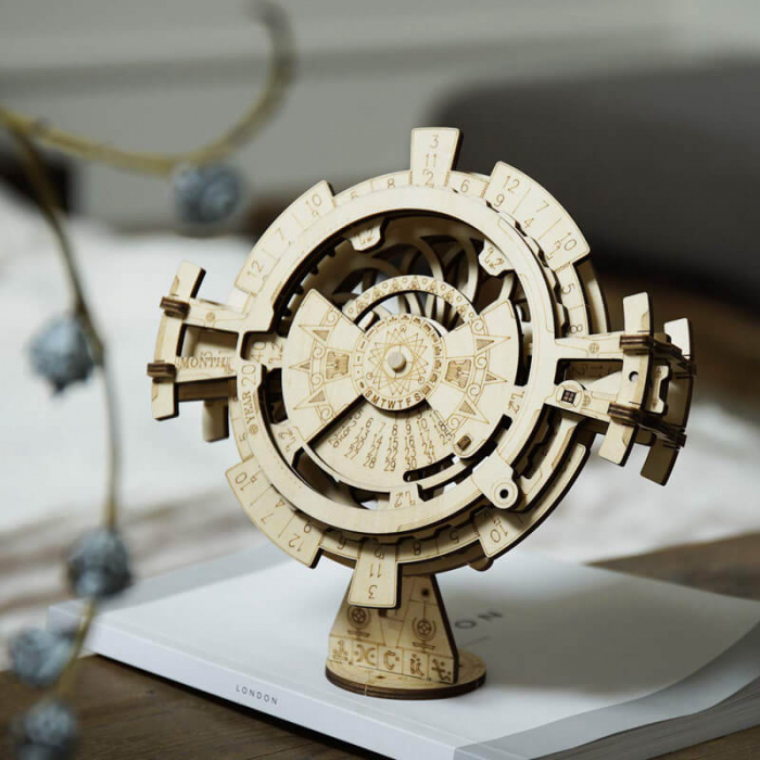 Calendar perpetuum - Puzzle mecanic 3D din lemn 2