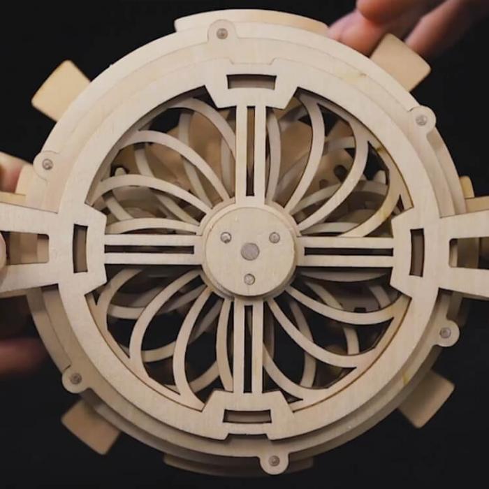 Calendar perpetuum - Puzzle mecanic 3D din lemn 5