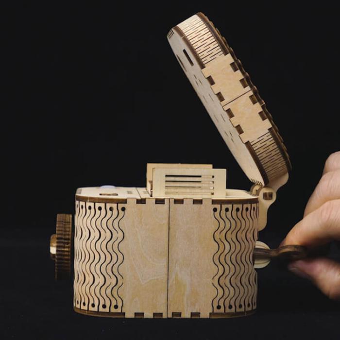 caseta de bijuterii puzzle mecanic 3D din lemn 3