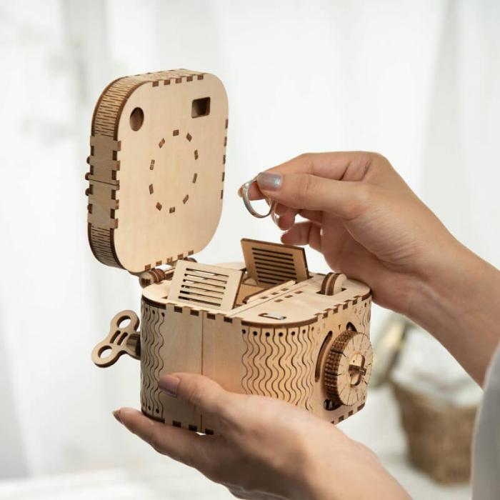 caseta de bijuterii puzzle mecanic 3D din lemn 0