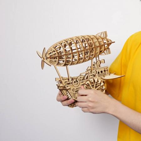 Dirijabil Zepelin - Puzzle mecanic 3D din lemn2