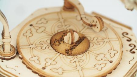 Gramofon - Puzzle 3D din lemn5