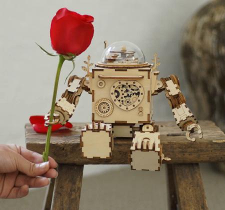 Robot muzical Orpheus - Puzzle mecanic 3D din lemn1