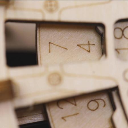 Calendar perpetuum - Puzzle mecanic 3D din lemn7