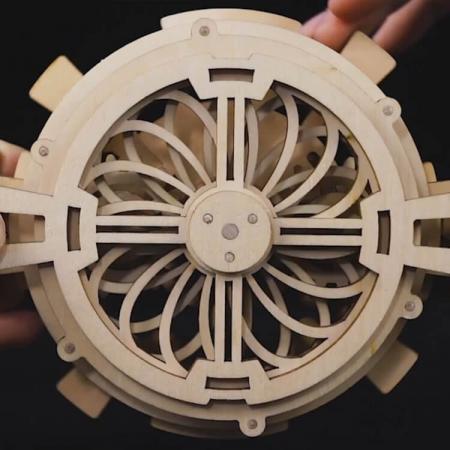 Calendar perpetuum - Puzzle mecanic 3D din lemn5