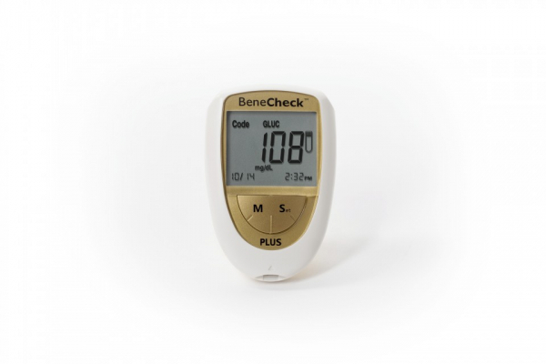 Analizor Benecheck Plus Gold glicemie, colesterol si acid uric 1